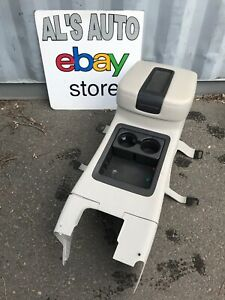 07 14 Chevy Tahoe Gmc Yukon Center Console Cup Holder Gray Leather Lid Oem