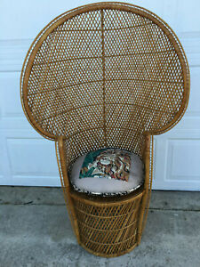 Mid Century Vintage Wicker Rattan Peacock Chair