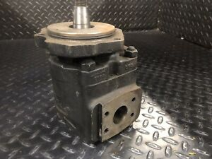 Cl 2812018 Hydraulic Pump Clark Forklift Parts Good Used