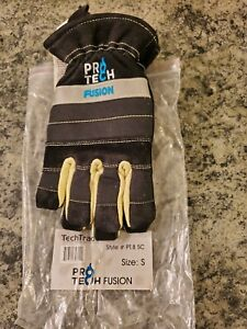 Pro tech 8 Fusion Firefighting Short Cuff Gloves Size Small New Black