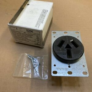 Leviton 5206 Receptacle 50 Amp 125 250v 10 50r 3 pole 3 wire Non grounding