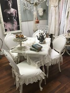 Fabulous Set Of 4 Creamy White Antique Chairs With Slipcovers Shabby Chic