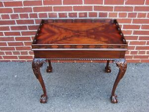 Councill Craftsmen Mahogany Chippendale Clawfoot Tea Table