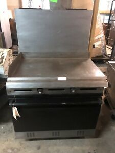 Vulcan 2 Burner Range Commercial Gas Griddle Top Range With Oven
