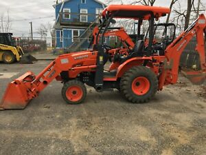 Kubota B26 Tractor Loader Backhoe With 385 Hours Clean