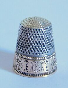 Wonderful Antique Sterling Silver Gold Band Victorian Thimble 7 B L