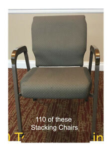 110 Used Auditorium Theater Church Seating Chairs Seats Stacking 4 Legs 20 Ea