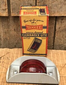 Vintage Yankee Metal Products Corp Clearance Lite Light Nos With Box Car Boat