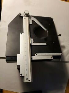 Nikon Right Handed X y Microscope Stage Smooth Very Good Condition