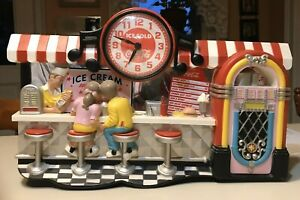 FABULOUS RETRO COCA COLA CLOCK SODA FOUNTAIN SCENE WORKS GREAT