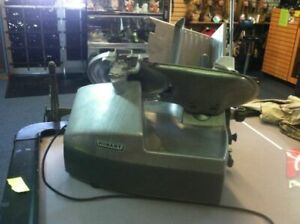 Hobart 2712 Automatic 2 speed 12 Meat Cheese Deli Sub Slicer With Sharpener