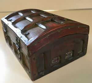 Antique 1907 Tramp Folk Art Box Red Green Painted Dome Top W Chase Cigar Base