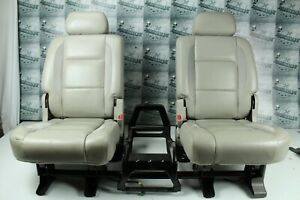 2007 2009 Chrysler Aspen Limited Rear Seat Oem