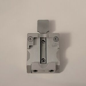 Leica Microtome Universal Cassette Clamp 14050237999 Mail In Rebuild Service