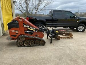 2014 Ditch Witch Mini Skid Steer Trencher Kubota Engine D1105 Tf300