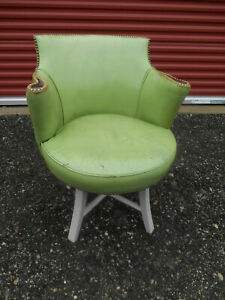 1950 S Mcm Distressed Green Leather Wormley Dunbar Swivel Lounge Club Chair