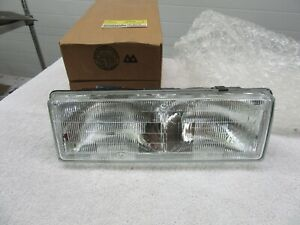 Nos 1987 1990 Chevrolet Caprice Rh Headlamp Lens With Housing Assembly Dp