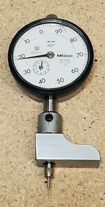 Mitutoyo 2904s Dial Indicator With Removable Half Base For Measuring Depth