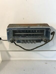 Vintage Dodge Plymouth Mopar Model 608 Am Push Button Radio For Parts 1498988