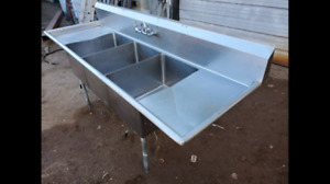 92 x 29 x 37 Stainless Steel 3 Compartment Wash Sink W Drainboards And Faucet