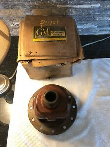Nos Gm 503479 Rear End Differential Case Carrier 12 Bolt 1940 s 50 s 60 s