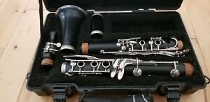 Armstrong student  Clarinet With Case working order musical instruments