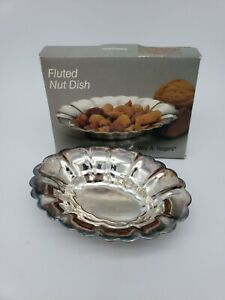 Wm A Rogers Vintage Silver Silverplate Fluted Nut Dish Oval Tray Small 4 X3