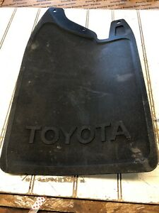 84 88 Toyota Pickup Truck 4runner Front Mud Flap Left Front