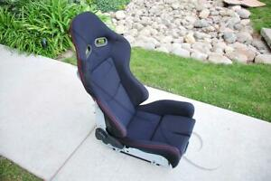One Black Carbon Fiber Low Max Style Cloth Red Stitching Racing Seat With Slider