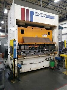 200 Ton Pacific Hydraulic Press 12 Stroke 20 Daylight 96 X 48 Ram 102 X 48
