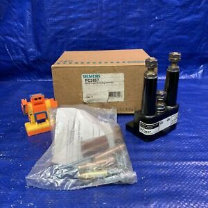 Siemens Pc2657 Mccb Plug in Mounting Assembly lot Of 3 In 1 Box