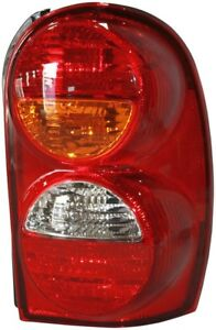 Fits 2002 2004 Jeep Liberty Passenger Right Rear Tail Light Assembly