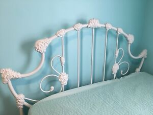 Antique Ornate Cast Iron Full Size Bed Frame Headboard Footboard And Side Rails