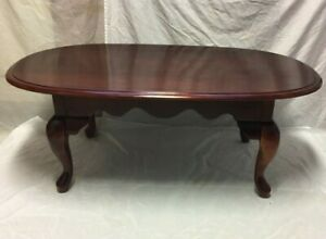 Vintage Queen Anne Style Mahogany Finish Wood Coffee Cocktail Table Nice