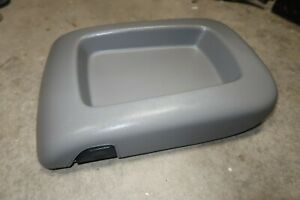03 06 Chevy Tahoe Yukon Suburban Sierra Center Console Lid Gray Storage Box Top