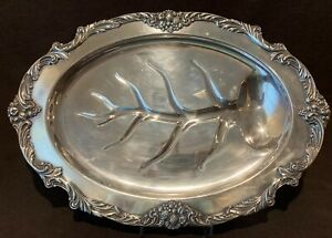 Reed Barton King Francis Silverplate 1674 Medium Footed Meat Platter 19 1 4 L