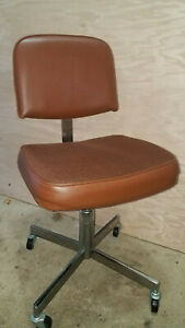 Mcm Faultless Doerner Rolling Task Office Chair Brown Vinyl Chrome Canada