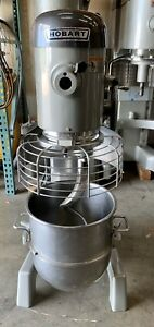 Used Hobart D340 40 quart Mixer With Guard Bowl Paddle And Hook