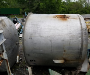 1000 Gallon Heavy wall Stainless Steel Mix Tank