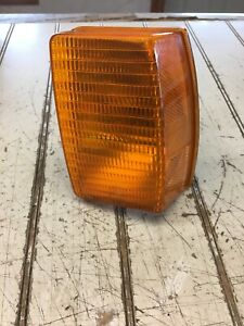 87 88 Vw Quantum Left Corner Light