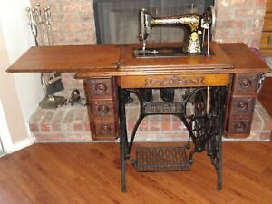 Singer 1912 Treadle Sewing Machine Model 66
