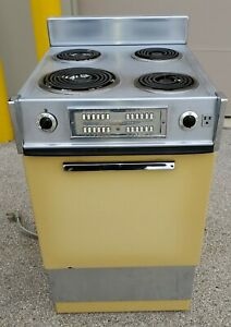 Vintage Ge Harvest Gold Art Deco Electric Range Stove Oven Apartment Sized 20 In