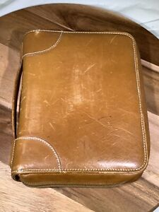 Day Timer Vtg Leather Zipper Planner Organizer Distressed 7 Ring 10 X 7 5