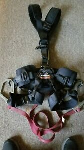 Fusion Tac rescue Specialty Harness Black W dual Hook Safety Lanyard