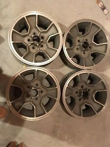 4 1983 88 Chevrolet Chevy Monte Carlo Ss Wheels 15x7 14085592 Alloy Rally Oem