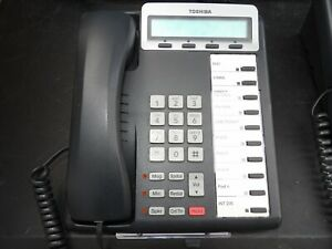 3 Toshiba Phones Dkt 3210 Phone Sets 1 Money