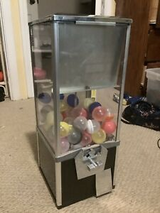 2 Capsule Toy Vending Machine 50 Cents Key Great Shape 2 Feet Tall 10in Wide
