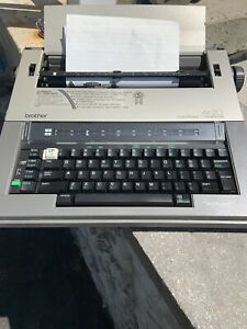 Brother Ax 20 Electronic Typewriter Working With Word spell