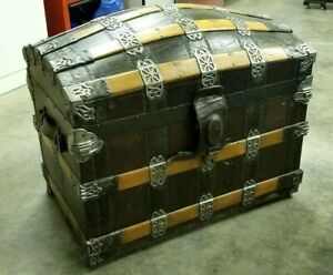 Wonderful Large 1880 S Camel Back Trunk With Full Interior