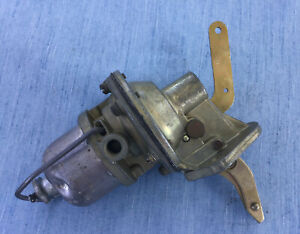 Mb gpw Jeep Fuel Pump New Old Stock Complete With Hand Primer